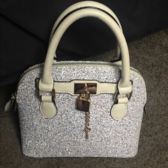 83772c16205 Aldo Handbags - Aldo glitter purse